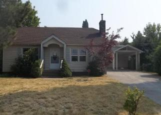 Foreclosed Home in Mount Shasta 96067 CEDAR ST - Property ID: 4064812288