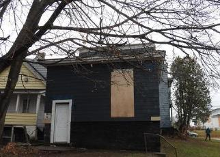 Foreclosed Home in Syracuse 13208 BUTTERNUT ST - Property ID: 4065120635