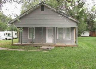 Foreclosed Home in Saint Joseph 64504 WASHINGTON ST - Property ID: 4065516110