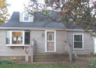 Foreclosed Home in Rock Island 61201 28TH AVE - Property ID: 4069184592