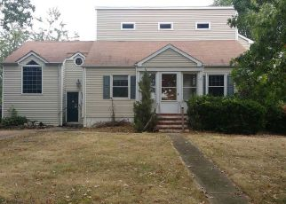Foreclosed Home in Hightstown 08520 DUTCH NECK RD - Property ID: 4072361656