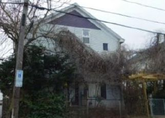 Foreclosed Home in Pawtucket 02860 LILAC ST - Property ID: 4077462738