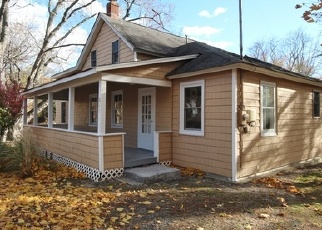 Foreclosed Home in Stony Point 10980 WAYNE AVE - Property ID: 4077775899