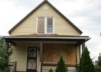 Foreclosed Home in Chicago 60628 E 103RD PL - Property ID: 4087963151