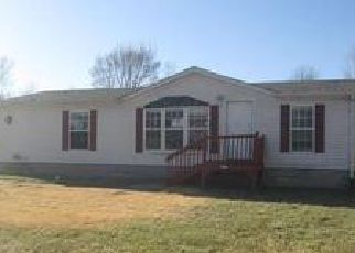 Foreclosed Home in Lebanon 62254 HUNTERS CREEK DR - Property ID: 4097456244