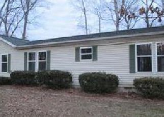 Foreclosed Home in Addieville 62214 STATE ROUTE 15 - Property ID: 4098443895