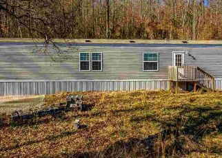Foreclosed Home in Washburn 37888 HOGSKIN VALLEY RD - Property ID: 4115962397