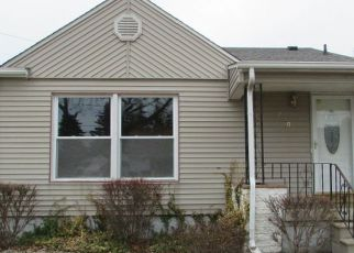 Foreclosed Home in Bay City 48708 S JEFFERSON ST - Property ID: 4116312792