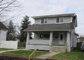 Foreclosed Home in Columbus 43204 N WARREN AVE - Property ID: 4123056257