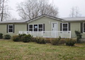 Foreclosed Home in Hustonville 40437 GREEN RIVER RD - Property ID: 4125846603