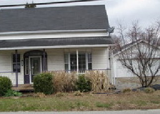 Foreclosed Home in O Fallon 62269 MAPLE ST - Property ID: 4131054547