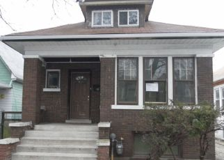 Foreclosed Home in Chicago 60629 W 65TH PL - Property ID: 4131075123