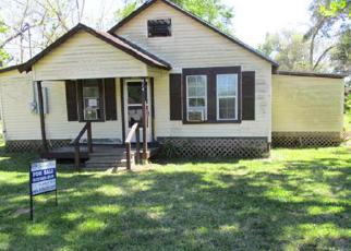 Foreclosed Home in Kountze 77625 E 2ND ST - Property ID: 4131855609