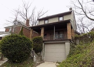 Foreclosed Home in Pittsburgh 15227 CLOVERLEA ST - Property ID: 4134240367