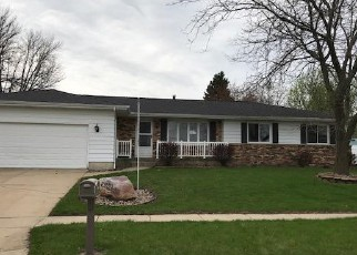 Foreclosed Home in Marion 52302 29TH AVE - Property ID: 4134742733