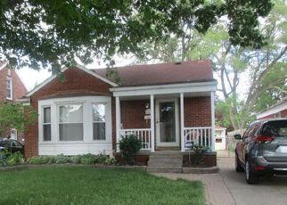Foreclosed Home in Allen Park 48101 CORTLAND AVE - Property ID: 4136102641