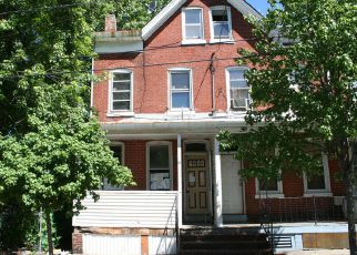 Foreclosed Home in Trenton 08611 LANDING ST - Property ID: 4141806371