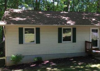 Foreclosed Home in Spotsylvania 22551 STOCKADE DR - Property ID: 4146105974