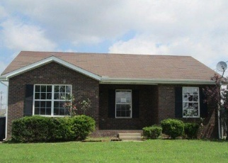 Foreclosed Home in Oak Grove 42262 PIONEER DR - Property ID: 4148320356