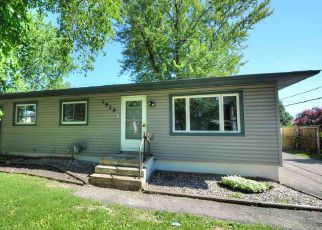 Foreclosed Home in Madison 53704 BROWNING RD - Property ID: 4151825465