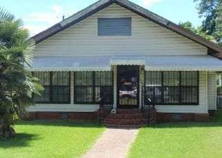 Foreclosed Home in Montgomery 36107 S MADISON TER - Property ID: 4155053332