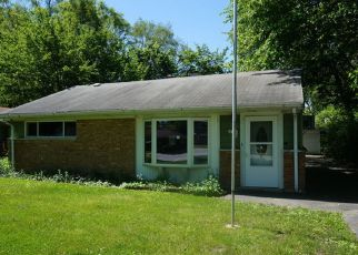 Foreclosed Home in Park Forest 60466 BLACKHAWK DR - Property ID: 4155300800