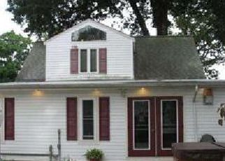 Foreclosed Home in Audubon 08106 MAPLE AVE - Property ID: 4155673504