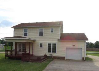 Foreclosed Home in Oak Grove 42262 PEMBROKE OAK GROVE RD - Property ID: 4158917133