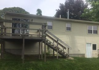 Foreclosed Home in Warwick 02886 LEVESQUE ST - Property ID: 4160660719