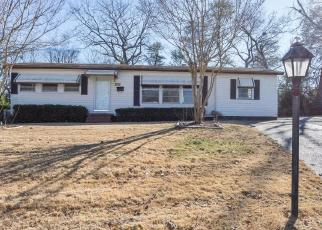 Foreclosed Home in Fairfield 35064 OAKVIEW CIR - Property ID: 4162803728