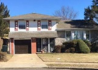 Foreclosed Home in Baldwin 11510 VILLAGE CT - Property ID: 4189508757