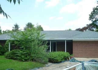 Foreclosed Home in Harrisburg 17112 AVON DR - Property ID: 4193505706