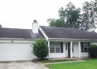 Foreclosed Home in Chesapeake 23323 CAMELOT BLVD - Property ID: 4194613778