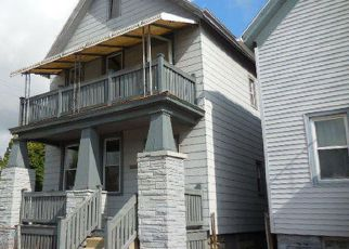 Foreclosed Home in Milwaukee 53205 W NORTH AVE - Property ID: 4196012666