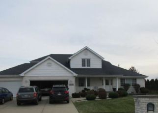 Foreclosed Home in Tinley Park 60487 BLACK OAK AVE - Property ID: 4196277642