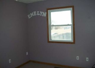 Foreclosed Home in Mandan 58554 LAKE ST - Property ID: 4198986506