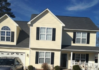 Foreclosed Home in Hope Mills 28348 HALL GLEN DR - Property ID: 4199591343
