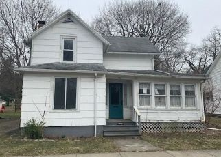 Foreclosed Home in Warsaw 14569 LINWOOD AVE - Property ID: 4200012685