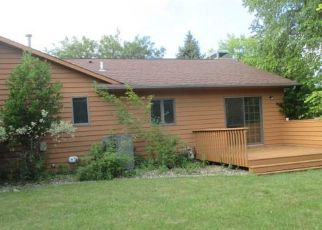 Foreclosed Home in Sioux Falls 57103 E SHENANDOAH TRL - Property ID: 4203554575
