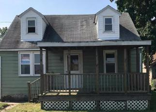Foreclosed Home in Dundalk 21222 MEADOW AVE - Property ID: 4203661441