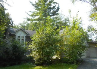 Foreclosed Home in Hopkins 55305 RIDGEMOUNT AVE W - Property ID: 4205612167