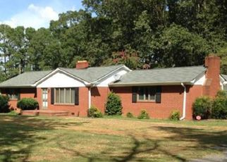 Foreclosed Home in Charlotte 28213 BACK CREEK CHURCH RD - Property ID: 4208753322