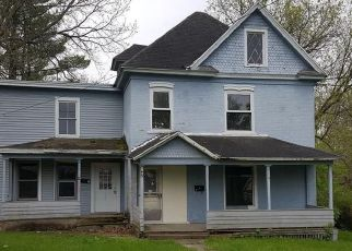 Foreclosed Home in Auburn 13021 FITCH AVE - Property ID: 4208841354