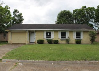 Foreclosed Home in Orange 77630 PEARSON ST - Property ID: 4209567970