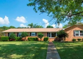 Foreclosed Home in Huntsville 35802 MILTON ST SW - Property ID: 4210114100