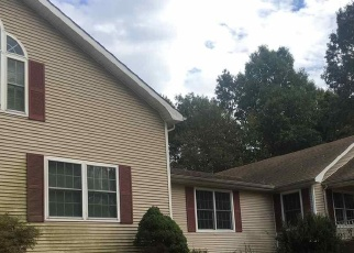Foreclosed Home in Calvert City 42029 SHARPE SCHOOL RD - Property ID: 4210468427