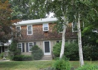 Foreclosed Home in West Warwick 02893 SWEET BRIAR LN - Property ID: 4210619984