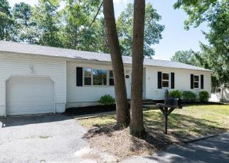 Foreclosed Home in Beachwood 08722 CHESTNUT ST - Property ID: 4211558101