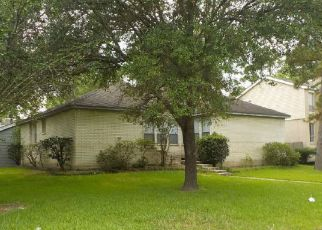 Foreclosed Home in Houston 77090 BAMBRIDGE DR - Property ID: 4211837544