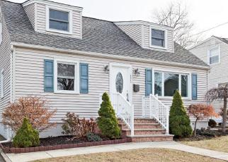 Foreclosed Home in Elmwood Park 07407 ORANGE AVE - Property ID: 4211873899